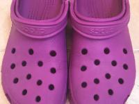 Crocs Classic Clog Pink Front View