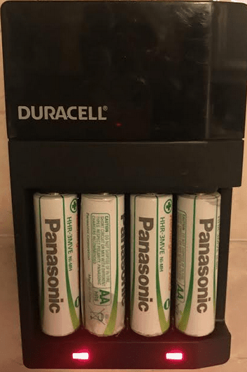 Duracell Battery Charger CEF14 with Panasonic Evolta Batteries