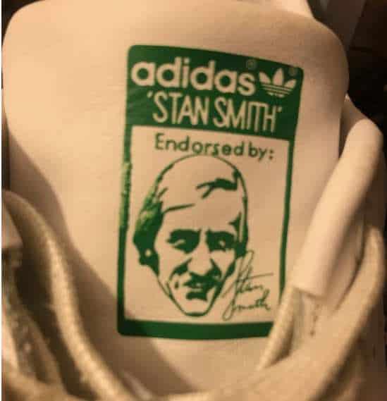 Adidas Stan Smith skizzierte Zunge